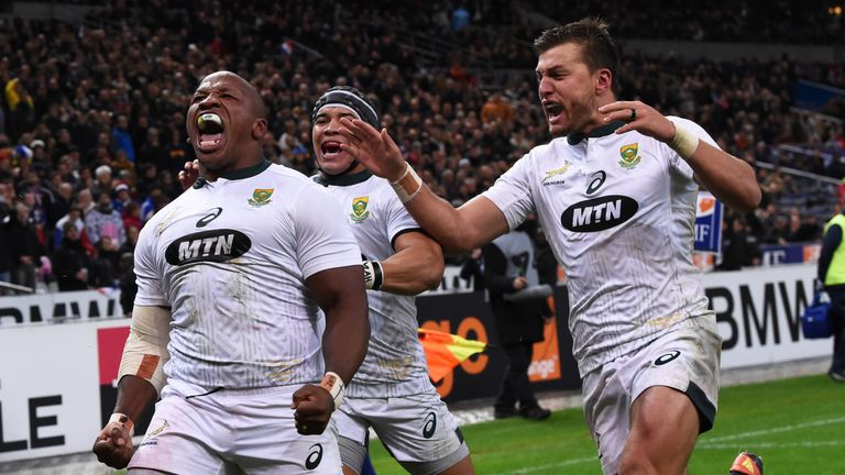 Bongi Mbonambi shows his delight after scoring the match-winning try for South Africa