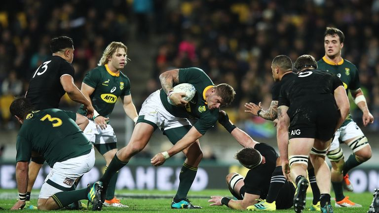 Farrell leads England to tense South Africa win