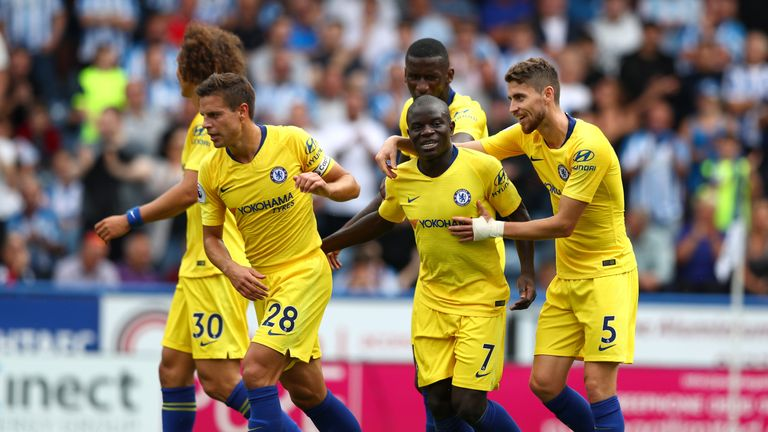 Maurizio Sarri says N'Golo Kante cannot play Jorginho's role in Chelsea's midfield | Football News |
