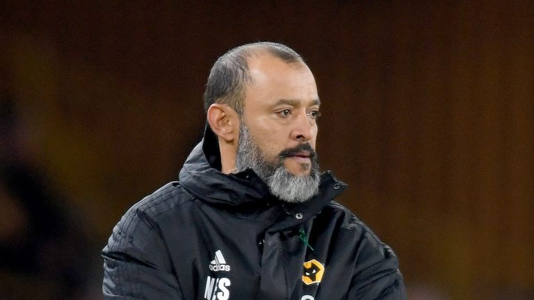 Wolves manager Nuno Espirito Santo says he will not change his formation