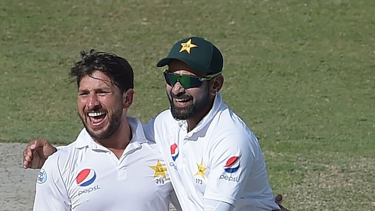 This Yasir Shah delivery leaves New Zealand captain Kane Williamson stunned