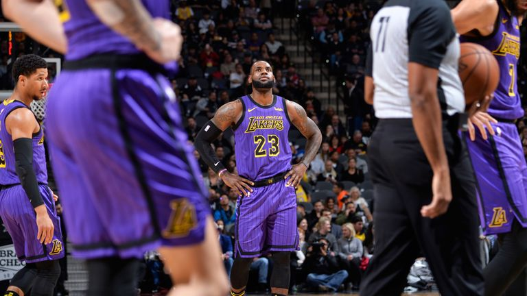 LeBron James shows his frustration as the Lakers fall in San Antonio