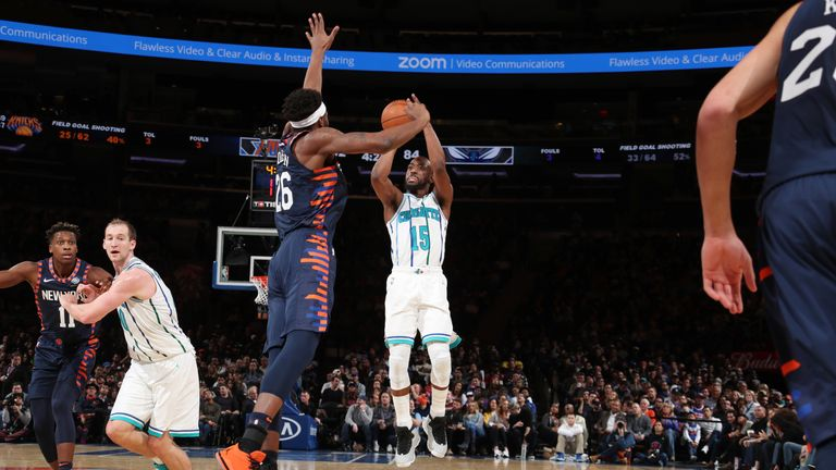 NEW YORK, NY - DECEMBER 9: Kemba Walker #15 of the Charlotte Hornets shoots the ball against the New York Knicks on December 9, 2018 at Madison Square Garden in New York City, New York.  NOTE TO USER: User expressly acknowledges and agrees that, by downloading and or using this photograph, User is consenting to the terms and conditions of the Getty Images License Agreement. Mandatory Copyright Notice: Copyright 2018 NBAE  (Photo by Nathaniel S. Butler/NBAE via Getty Images)