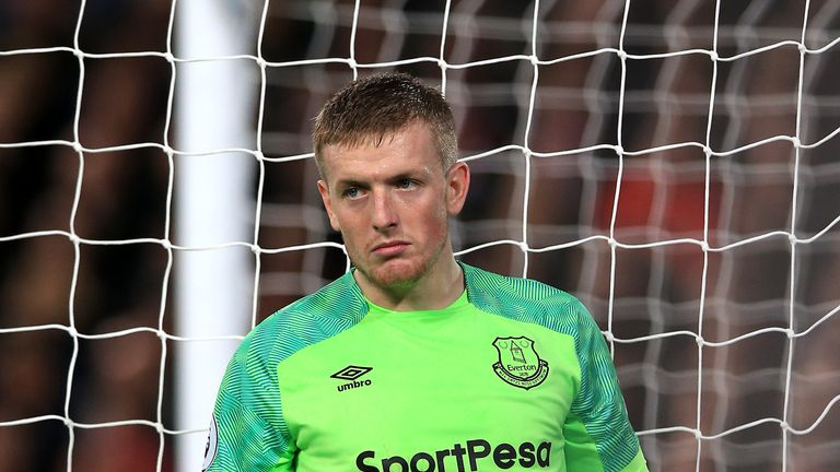 Jordan Pickford adds to the list of famous goalkeeping howlers | Football News |