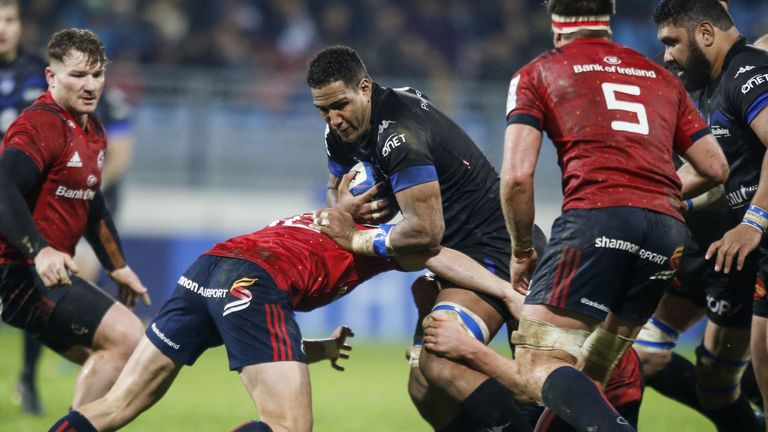 Castres' Mathieu Babillot runs at the Munster defence