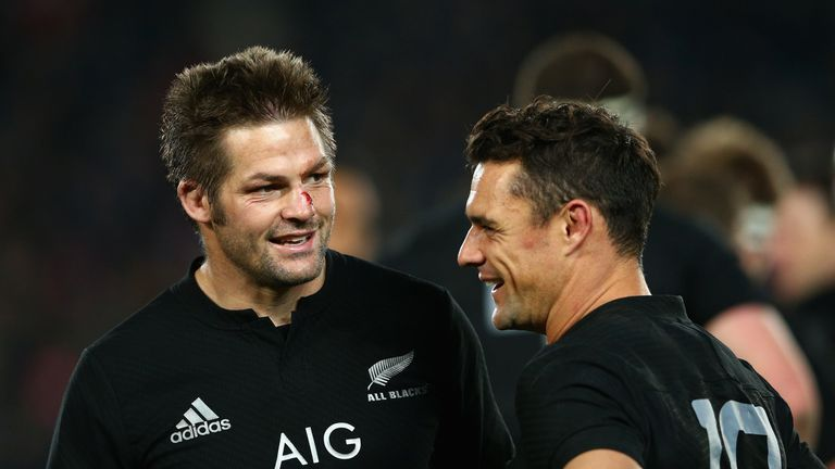 Richie McCaw and Dan Carter (r) have each won Player of the Year three times