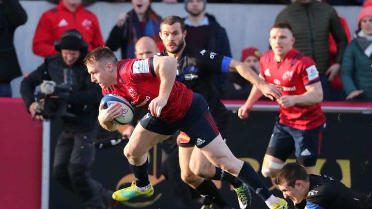 Rory Scannell scored Munster's first try of the day into the second half