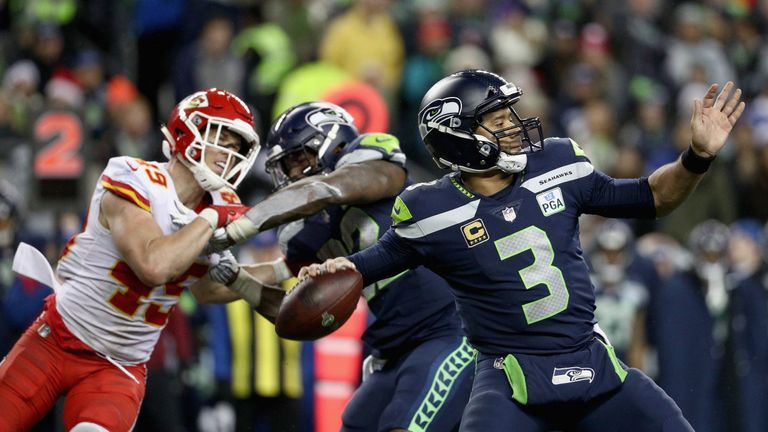 aced6291a Russell Wilson three three touchdown passes as the Seahawks beat the Chiefs  on Sunday night