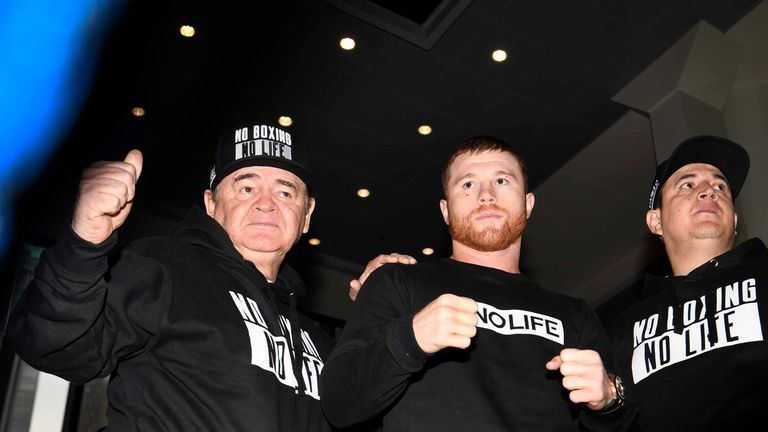 Canelo has a mark under his right eye