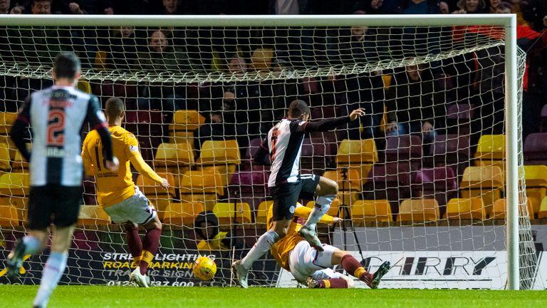 St Mirren's Simeon Jackson has six goals in twenty-nine appearances for the club this season