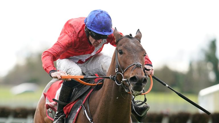 Chief Justice lays down Juvenile marker at Fairyhouse