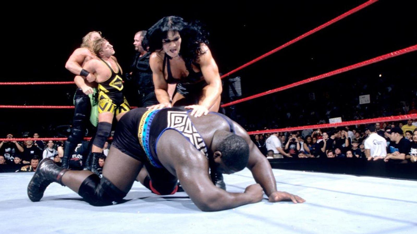 WWE 2K17 Chyna vs Ivory Womens Championship Wrestlemania