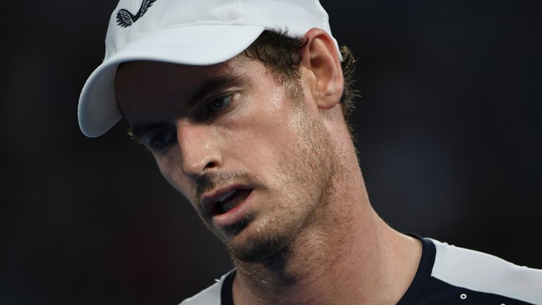 Andy Murray says he had hip operation in London