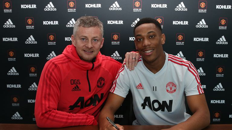 Anthony Martial has extended his contract until 2024