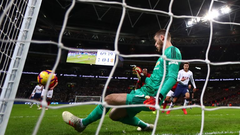De Gea with a follow-through kick to maintain his clean sheet at Wembley