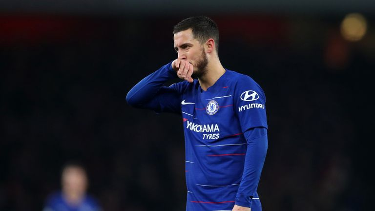 Eden Hazard looks dejected during Chelsea's defeat at the Emirates Stadium