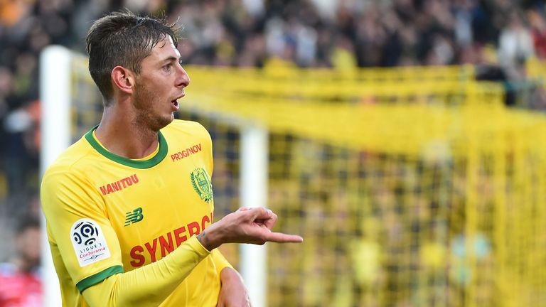 Emiliano Sala Informs Nantes He Desires Cardiff Transfer Skysports