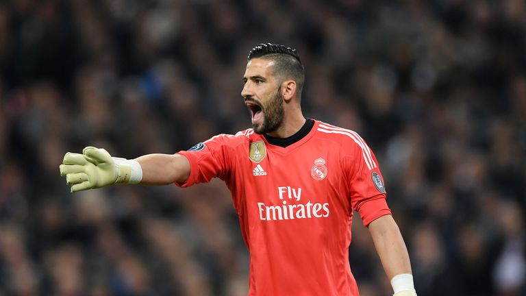 Leeds in talks for Real Madrid goalkeeper Kiko Casilla