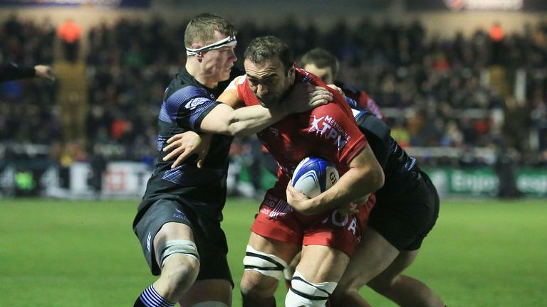 Mamuka Gorgodze on the charge for Toulon