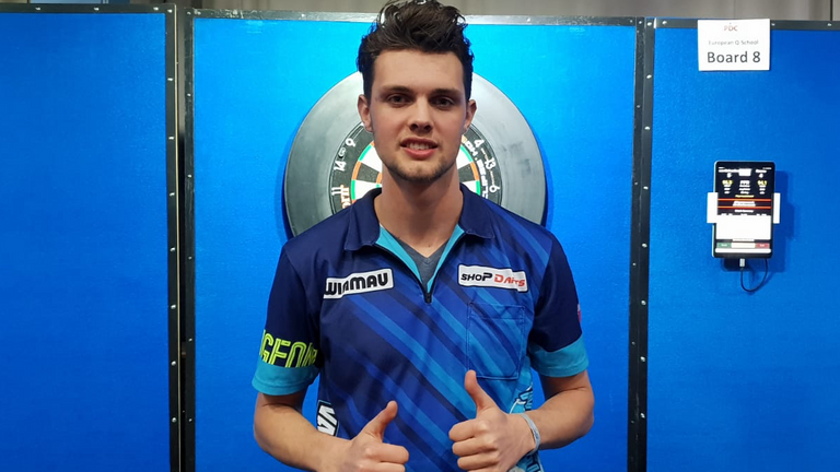 Mike van Duivenbode won a PDC Tour Card on Friday