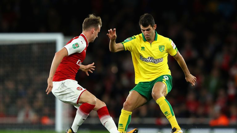 Reading in Nelson Oliveira talks with Norwich over loan deal for striker | Football News |