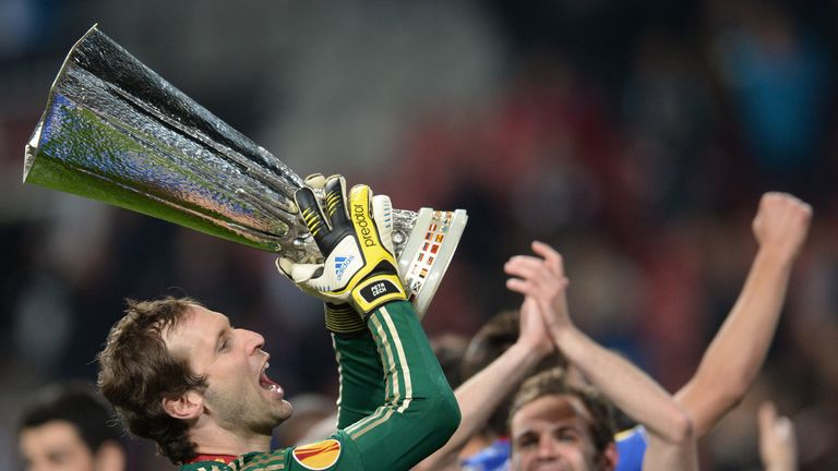 Petr Cech celebrates with the Europa League trophy after Chelsea defeat Benfica in the 2013 final