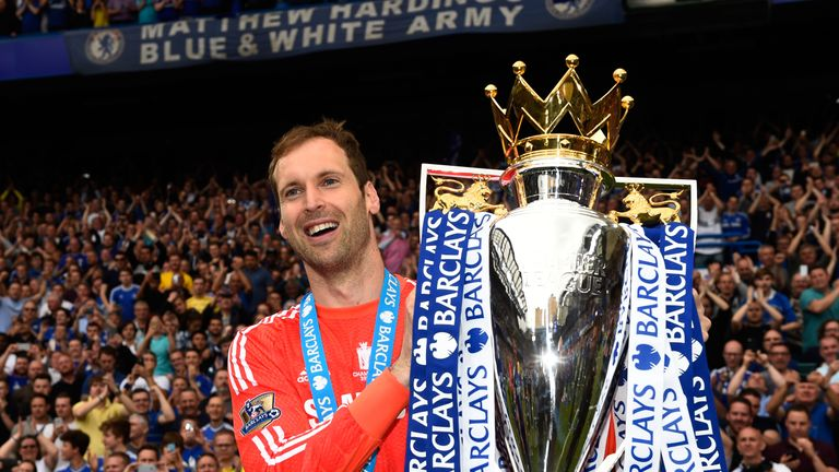 Cech celebrates with the Premier League trophy at Stamford Bridge in 2015