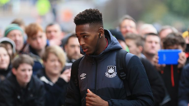 """Reece Oxford """"is now prepared to see out his contract until 2021"""", Sky Sports News has been told"""