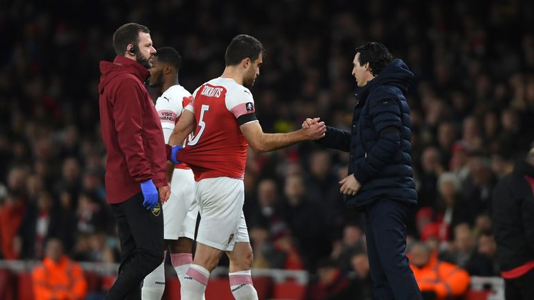 Sokratis Papastathopoulos suffered an ankle injury and also had to be replaced