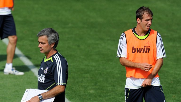 Jose Mourinho has been backed to return to Real by Rafael van der Vaart 61c4c40a25a0c