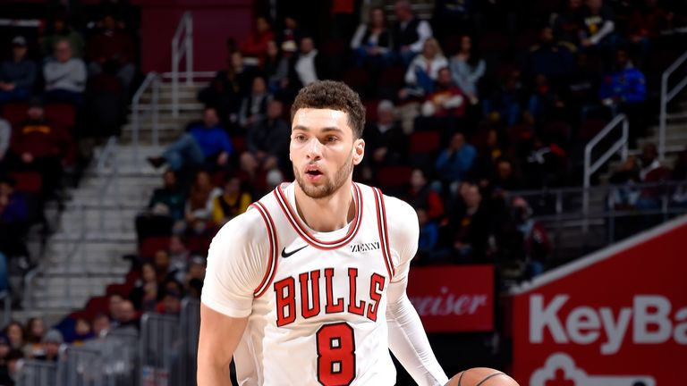 Zach LaVine prepares to attack against the Cavaliers