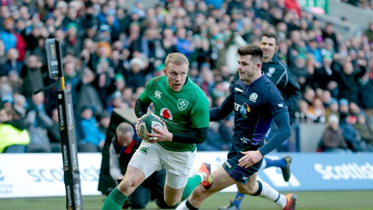 Keith Earls scored Ireland's vital third try in the second half