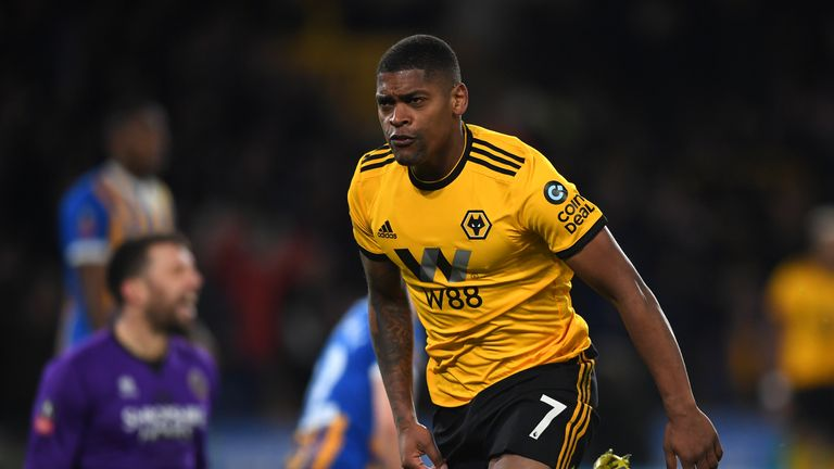 Ivan Cavaleiro is set to join the Cottagers on loan
