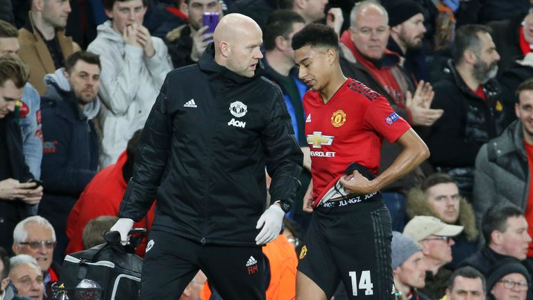 Zola likens Sarri's Chelsea struggle to Guardiola's at Man City