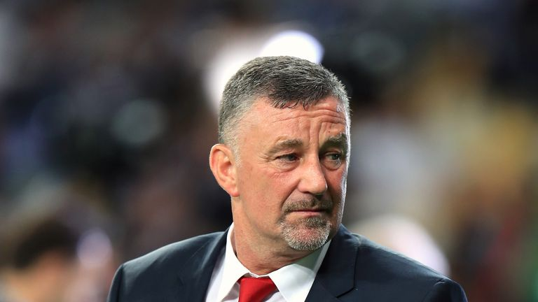 John Aldridge has urged Liverpool to relish the Premier League title race