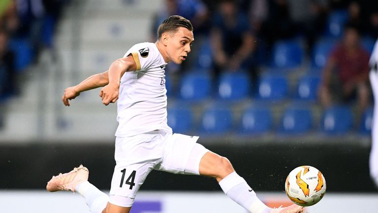 Leandro Trossard agrees terms with Brighton