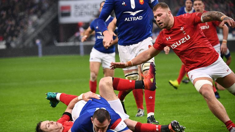 Louis Picamoles scored France's first try