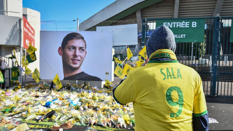 Floral tributes were widespread at Nantes after the death of one of their star players