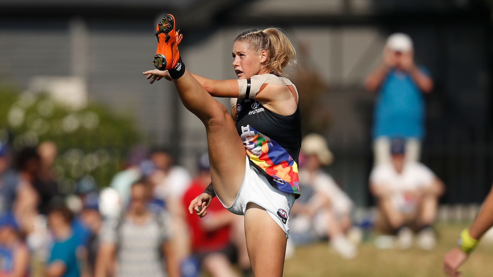 Tayla Harris concerned for safety in Australian Rules football after online abuse