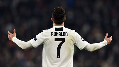 Ronaldo on brink of league title record