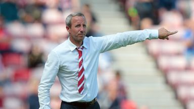 Charlton Athletic manager Lee Bowyer points on the touchline in Sky Bet League One game against Sunderland at Stadium of Light