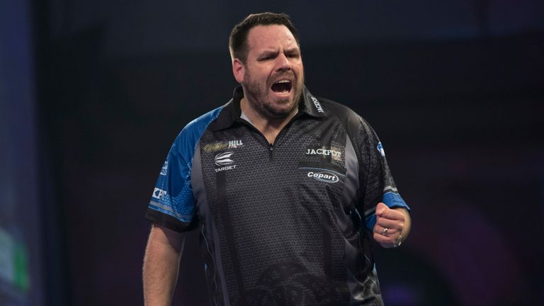Adrian Lewis sealed his first PDC title in nearly two years