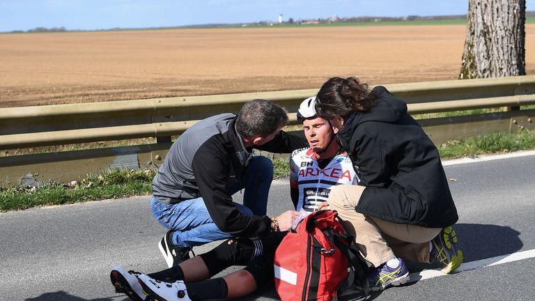 Warren Barguil suffered a fractured vertebrae after crashing on stage two of Paris-Nice
