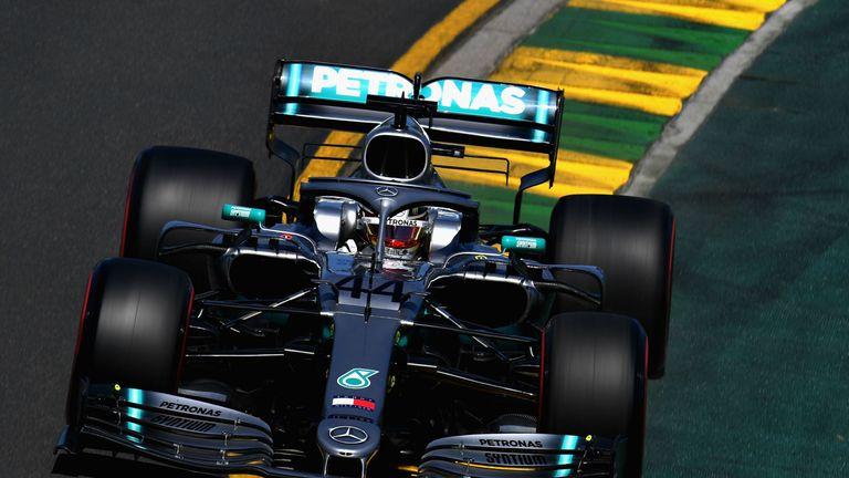 Australian GP, Practice Three: Lewis Hamilton completes hat-trick