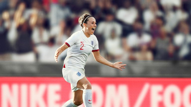 Defender Lucy Bronze in the new England kit