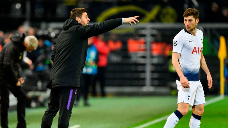 Mauricio Pochettino gives orders to his team during the first half