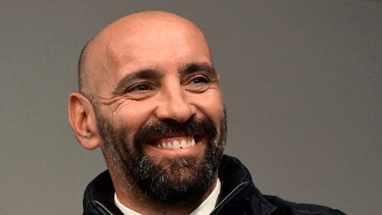 Sevilla begin talks with Monchi despite Arsenal links
