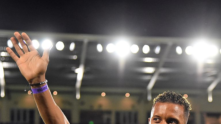 Nani waves to fans prior to last month's friendly match between New England Revolution and Orlando City (image: USA Today/MLSsoccer)
