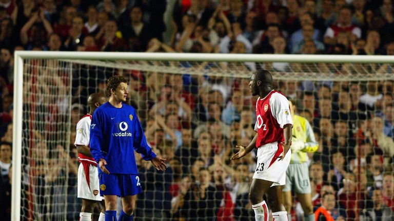 Campbell is sent off for a flailing arm on Solskjaer in 2003