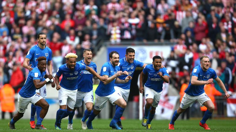 A record crowd of 85,021 watched Portsmouth beat Sunderland in the Checkatrade Trophy final on penalties following a dramatic 2-2 draw